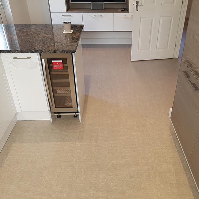 Kitchen And Hallway Flooring: Kitchen & Hallway Floor De Lee Luxury Vinyl Tiles